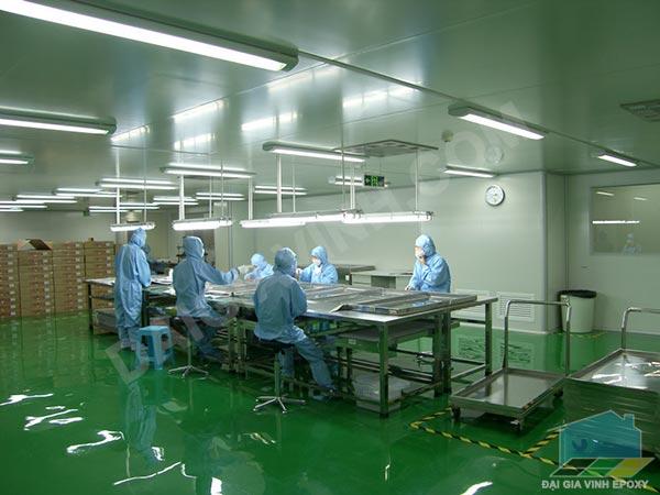 Giá sơn epoxy sàn nhà xưởng