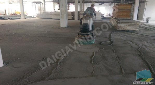 Cách thi công sơn epoxy sàn bê tông