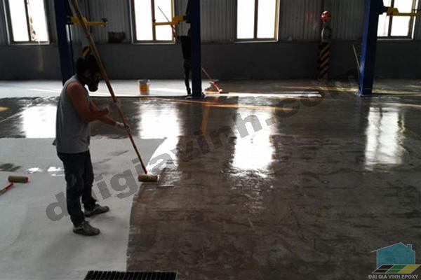 Sơn epoxy sàn nhà xưởng, sơn sàn công nghiệp, thi công sơn epoxy chuyên nghiệp, nhận báo giá thi công sơn sàn epoxy theo nhu cầu của khách hàng.
