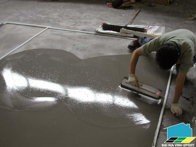 Thi công sơn epoxy tự san phẳng